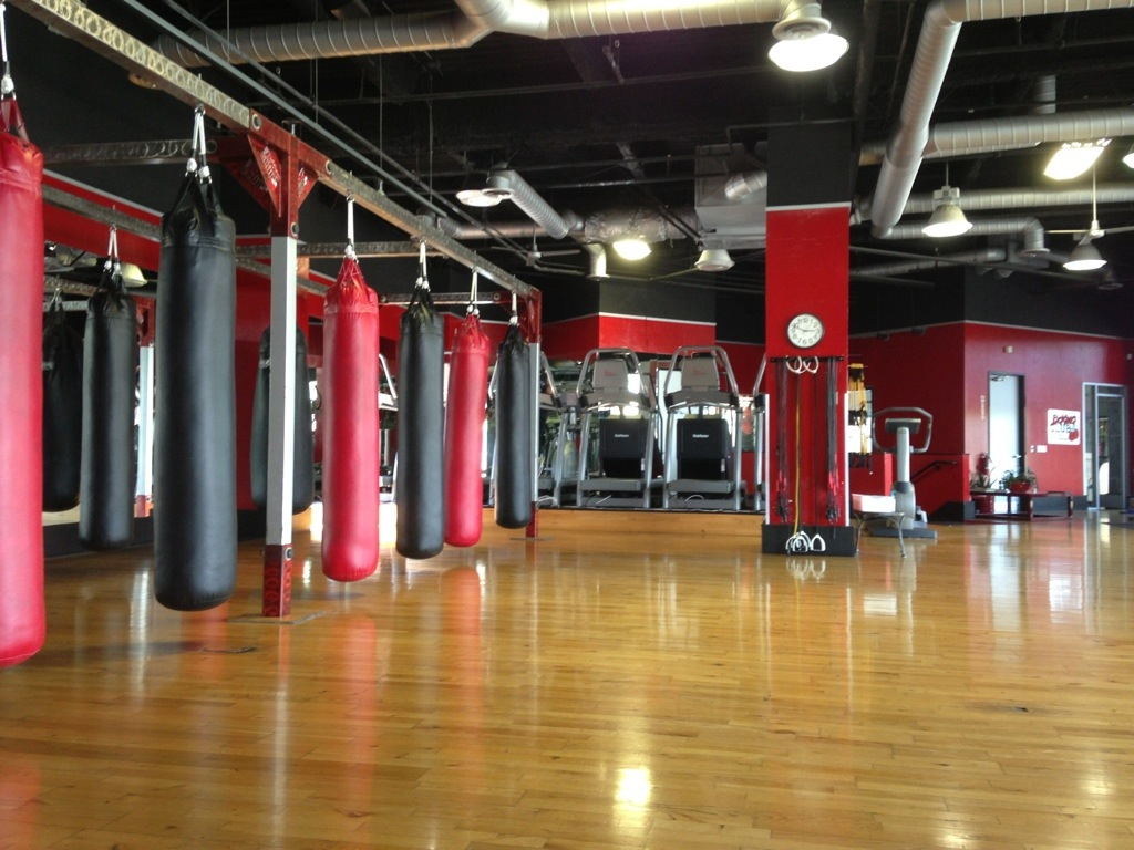 Download boxing gym wallpaper gallery for Gimnasio fitness club